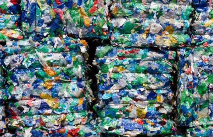 75 Compact Recycling Baler